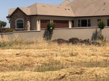 5061 W Hills Ct, Merced, CA