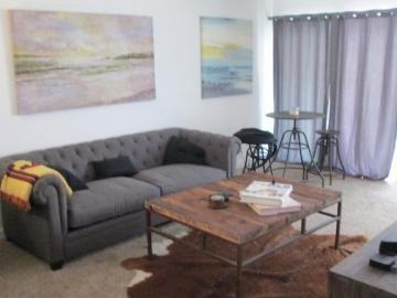 525 N Sycamore Ave unit #208, Los Angeles, CA