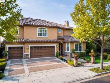 5715 Wells Ln, Windemere, CA