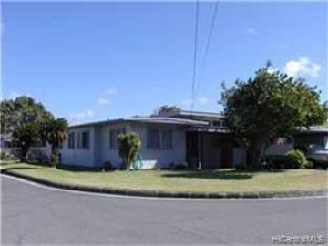 579 Kipuka Pl Kailua HI Home. Photo 2 of 9