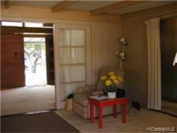 579 Kipuka Pl Kailua HI Home. Photo 5 of 9