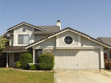 628 Twinleaf Dr, Oildale, CA