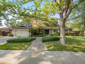 667 Thornhill Rd, Sycamore, CA