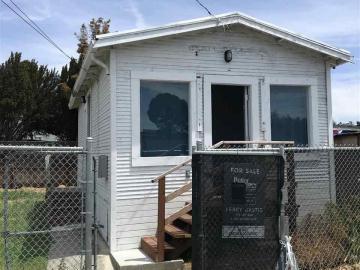 7010 Herbert Guice Way, Oakland, CA