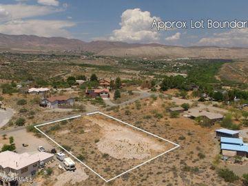 731 Red Tail Hawk Dr, Under 5 Acres, AZ