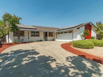 7691 Santa Barbara Dr, Gilroy, CA