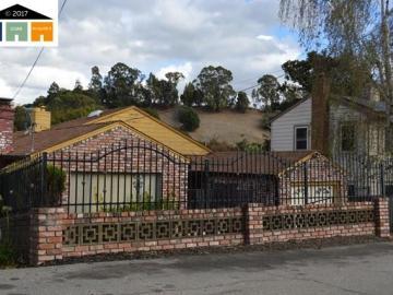 8072 Earl St, Melrose Highlnds, CA