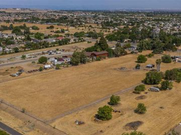 8091 Lone Tree Way Brentwood CA. Photo 2 of 7
