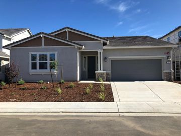 879 Daffodil Dr, Vacaville, CA