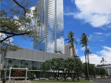 Symphony Honolulu condo #1803. Photo 1 of 25